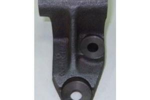 Кронштейн генератора нижний 2101-07,2121,21213 2105-3701630