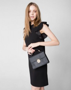 9c314bea6db Чёрное платье с рукавами-крылышками Gloria Jeans