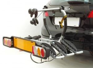 Крепление для велосипеда на автомобильный фаркоп (прицепное устройство) 668/3 PERUZZO Siena (на 3 велосипеда)